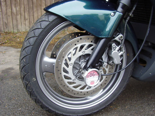 1999 honda st1100 pan european front wheel
