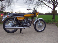 14 1972 yamaha yds7 icon