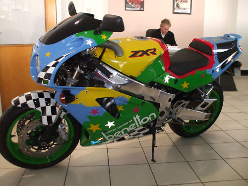 1992 kawasaki zxr 750 j1 benetton colours 3