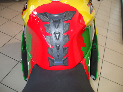 1992 kawasaki zxr 750 j1 benetton colours tank