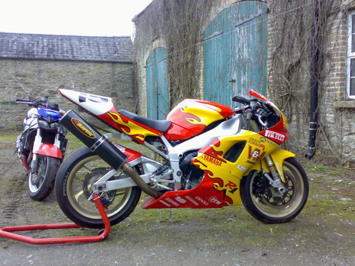 1998 yamaha david jefferies tt r1 race bike 4